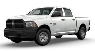 2020 Ram 1500 Classic TRADESMAN CREW CAB 4X4 5'7 BOX Crew Cab