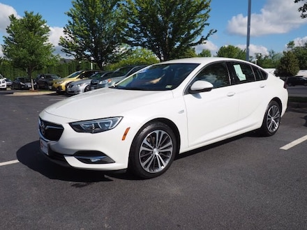 Featured Used 2018 Buick Regal Sportback Hatchback for Sale near Inwood, WV