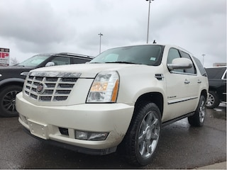 2007 CADILLAC ESCALADE AWD | Leather | Sunroof | DVD | HTD/AC Seats SUV