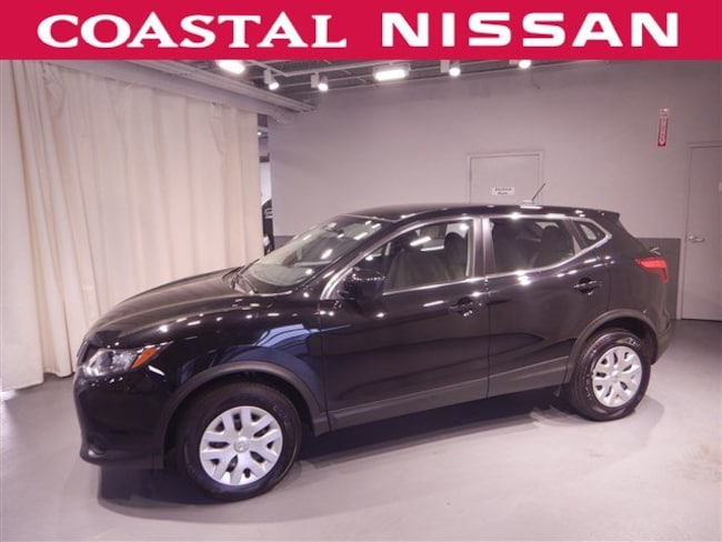 certified pre owned 2018 nissan rogue sport in norwell ma near boston hingham quincy. Black Bedroom Furniture Sets. Home Design Ideas