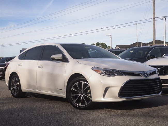 2016 Toyota Avalon Hybrid XLE Premium Sedan For Sale in Sarasota