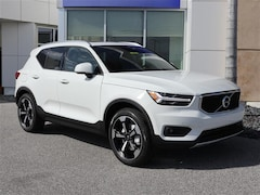 New 2020 Volvo XC40 T5 Momentum SUV YV4162UK7L2260461 for sale in Sarasota, FL