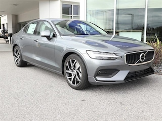 New 2019 Volvo S60 T5 Momentum Sedan 7JR102FK3KG002684 for sale in Sarasota, FL