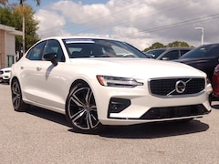 Pre-Owned 2020 Volvo S60 R-Design T5 FWD R-Design 7JR102FM7LG032421 for sale in Sarasota, FL
