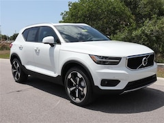 New 2020 Volvo XC40 T5 Momentum SUV YV4162UK7L2320691 for sale in Sarasota, FL