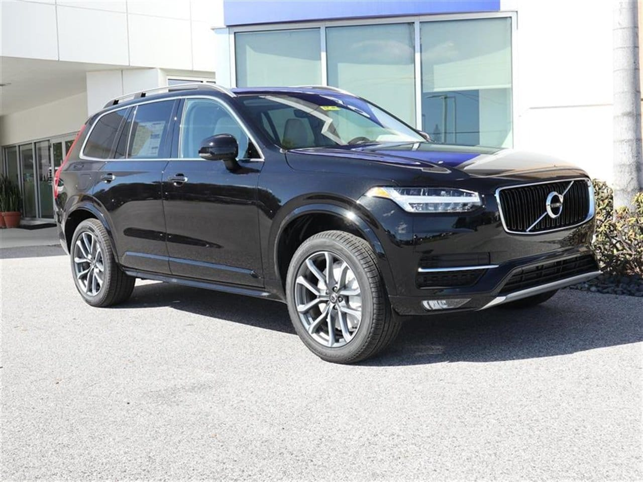 2019 Volvo XC90 T6 Momentum SUV for sale in Sarasota, FL