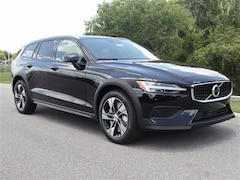 New 2020 Volvo V60 Cross Country T5 Wagon YV4102WK4L1049111 for sale in Sarasota, FL