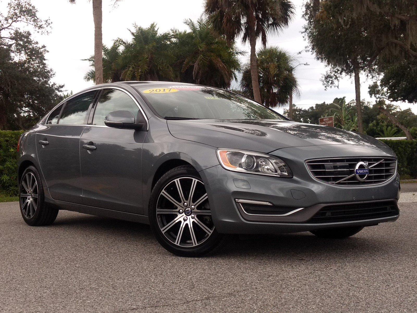 2016 Volvo S60 Inscription T5 Drive-E Platinum Sedan for sale in Sarasota, FL