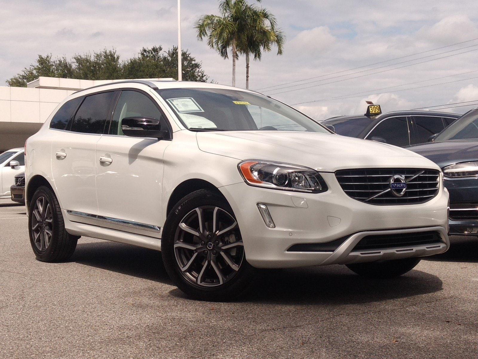 2017 Volvo XC60 Dynamic T6 AWD Dynamic for sale in Sarasota, FL