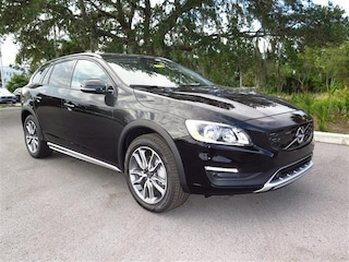 New 2018 Volvo V60 Cross Country T5 AWD Wagon YV440MWK8J2047183 for sale in Sarasota, FL