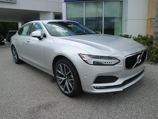 New 2018 Volvo S90 T5 FWD Momentum Sedan LVY982AK6JP024963 for sale in Sarasota, FL