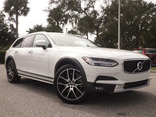2018 Volvo V90 Cross Country T6 AWD T6 AWD