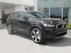 Certified Pre-owned 2020 Volvo XC40 T4 Momentum SUV for sale in Sarasota, FL