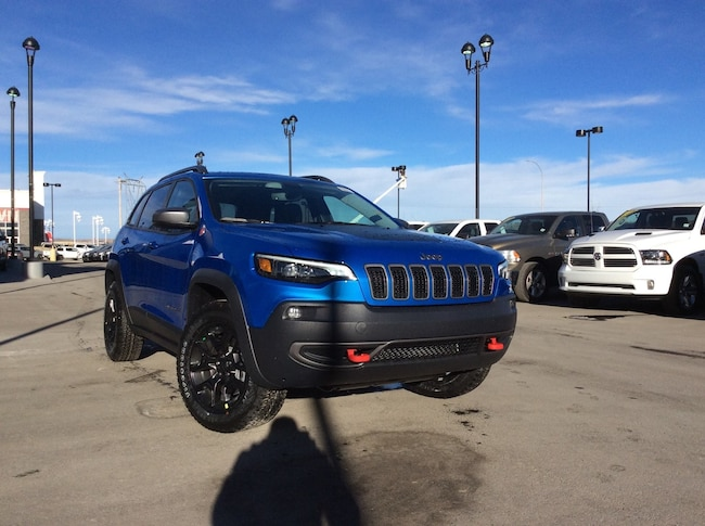 New 2019 Jeep New Cherokee Trailhawk 4x4 SUV Calgary