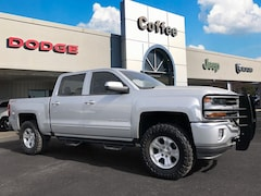 2017 Chevrolet Silverado 1500 LT 4WD Crew Cab 143.5 LT w/2LT for Sale in Hinesville, GA at Liberty Chrysler Dodge Jeep Ram