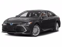2020 Toyota Avalon Hybrid Limited Sedan