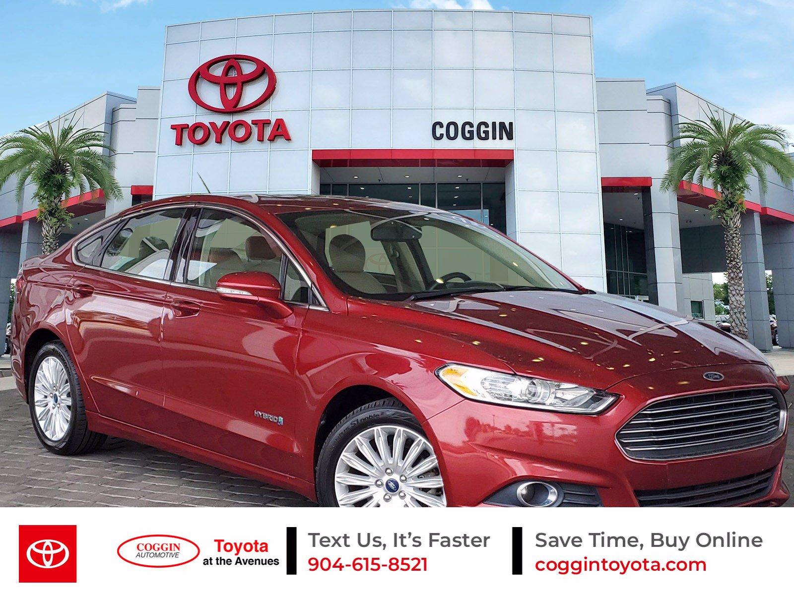 2013 Ford Fusion Hybrid Sedan