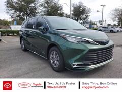 2021 Toyota Sienna XLE 7 Passenger Van Passenger Van