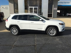 New  2019 Jeep Cherokee LATITUDE FWD Sport Utility for Sale in Nash, TX