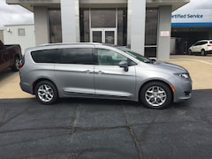 New  2019 Chrysler Pacifica TOURING L PLUS Passenger Van for Sale in Nash, TX