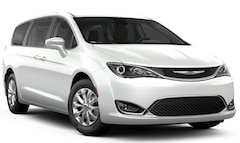 2019 Chrysler Pacifica TOURING PLUS Passenger Van