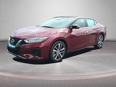 2021 Nissan Maxima SV 3.5L sedan