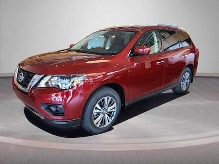 2020 Nissan Pathfinder 4X4 SV suv
