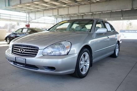 2002 INFINITI Q45 Luxury Sedan