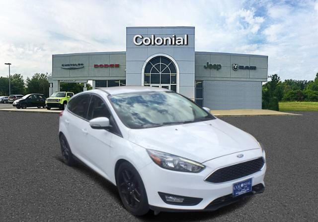 2016 Ford Focus 5dr HB SE Car