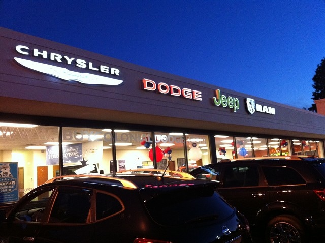 Colonial Dodge Chrysler Jeepu0027s Own Service Center Is Here To Serve Drivers  From Worcester, Framingham And Lowell