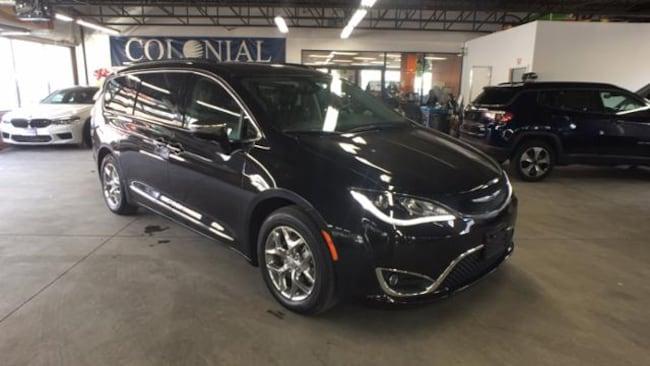 2019 Chrysler Pacifica Limited FWD Mini-van, Passenger
