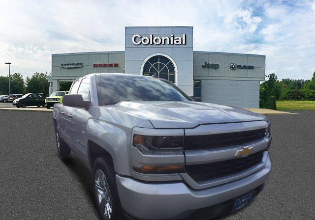 2017 Chevrolet Silverado 1500 4WD Double Cab 143.5 Custom Extended Cab Pickup