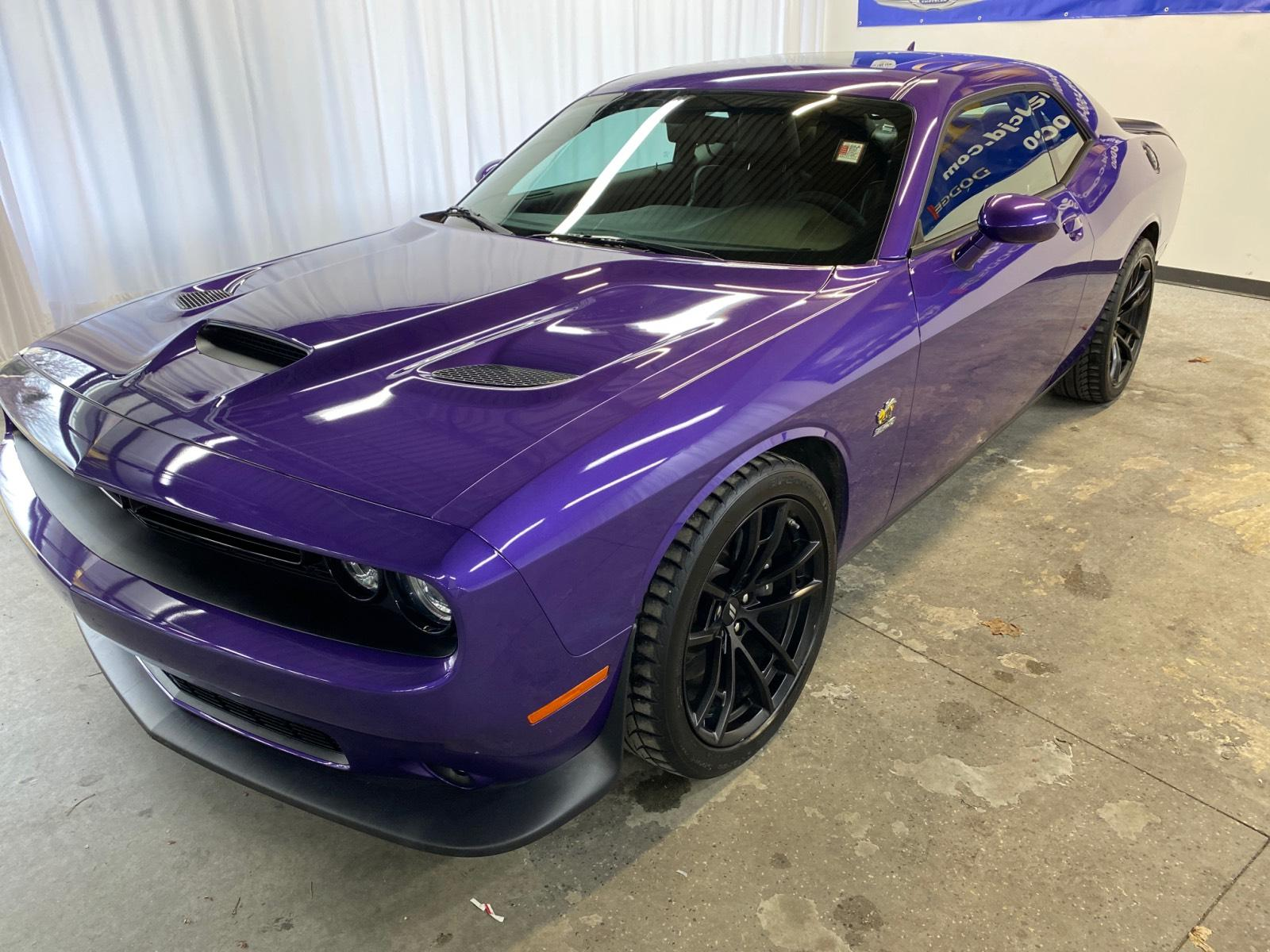 2019 Dodge Challenger Car