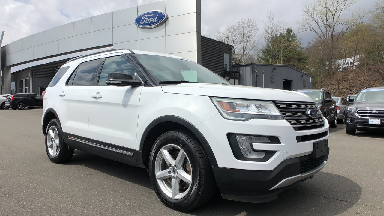 Colonial Ford Danbury Ct >> Featured Used Cars In Danbury Ct Colonial Ford