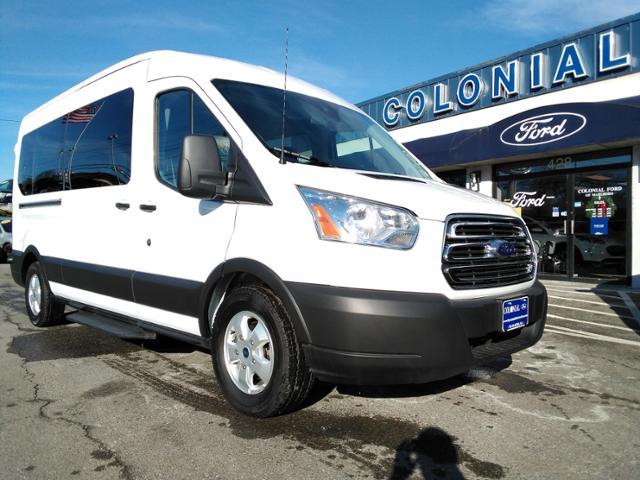 2019 Ford Transit Passenger T-350 148 Med Roof XLT Sliding RH Full-size Passenger Van