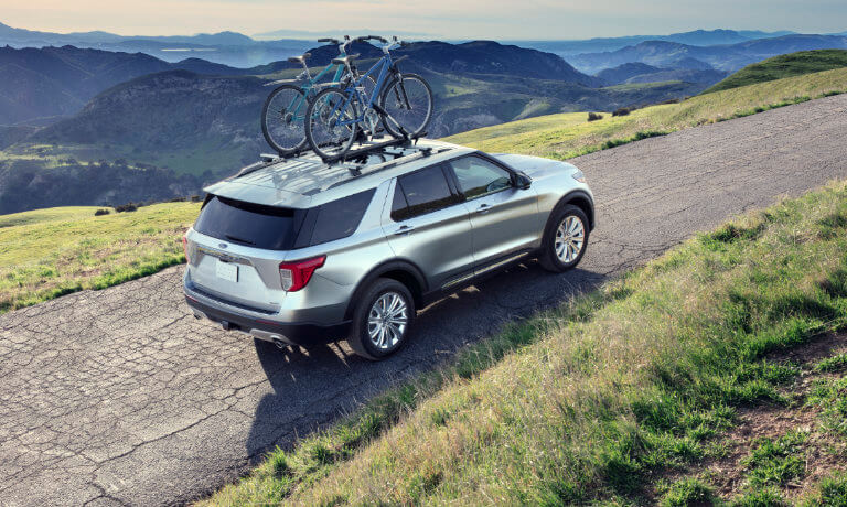 2020 Ford Explorer carrying bikes on roof rack