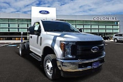 2019 Ford F-350 Chassis XL 4WD Reg Cab 145 WB 60 CA Regular Cab Chassis-Cab