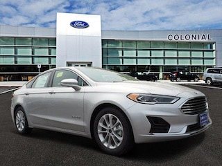 2019 Ford Fusion Hybrid SEL FWD Car