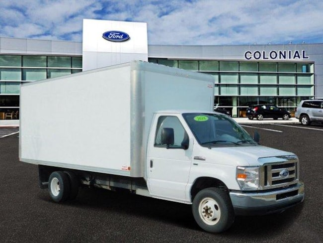 2016 Ford Econoline Cutaway Commercial E-450 16 Foot Box Truck Chassis