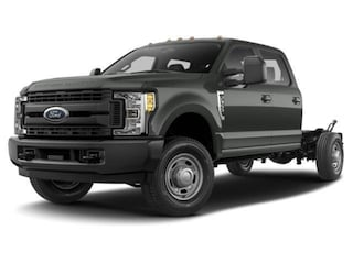 2019 Ford F-350 Chassis XL 4WD Crew Cab 179 WB 60 CA Crew Cab Chassis-Cab