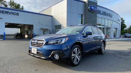 2019 Subaru Outback 2.5i 4WD Sport Utility Vehicles