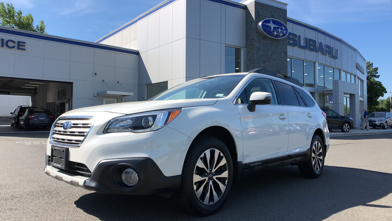 2017 Subaru Outback 3.6R 4WD Sport Utility Vehicles