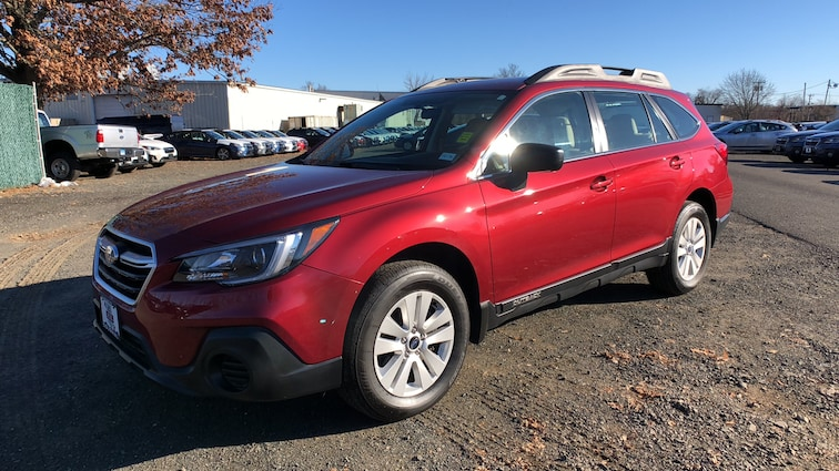 Certified  Used  2018 Subaru Outback 2.5i 4WD Sport Utility Vehicles in Danbury CT