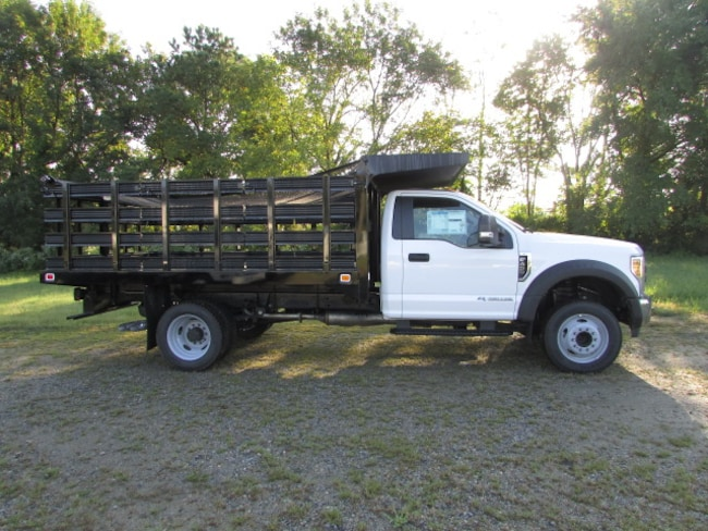 2018 Ford F-450 Chassis XL Stake Body