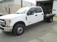 2017 Ford F-350 Chassis Cab Chassis Truck