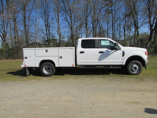 2020 Ford F-350 Chassis Service Body