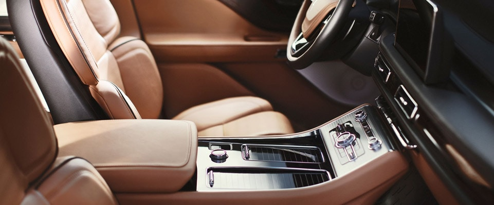Meet the 2020 Lincoln Aviator | Colony Lincoln