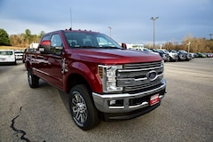 2019 Ford F-250 Lariat w/ Lariat Ultimate Package Truck Crew Cab