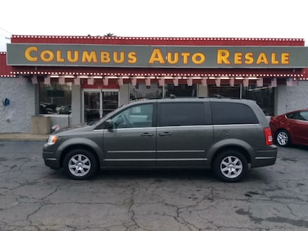 2010 Chrysler Town & Country Touring Van Regular
