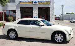 2009 Chrysler 300 Touring/Signature Series/Executive Series Sedan
